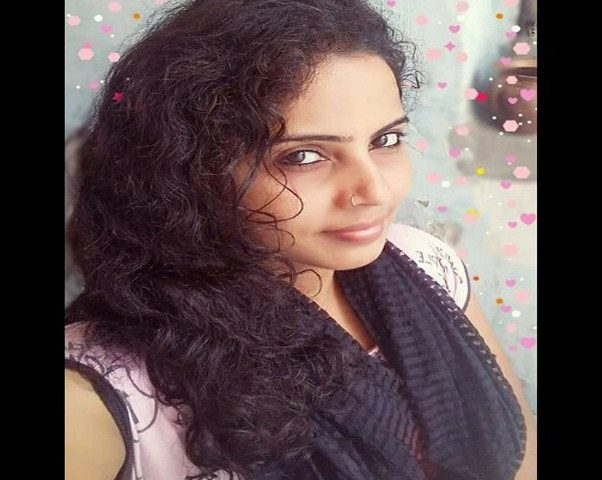 Real Tamil Girls For Dating and Marriage Online